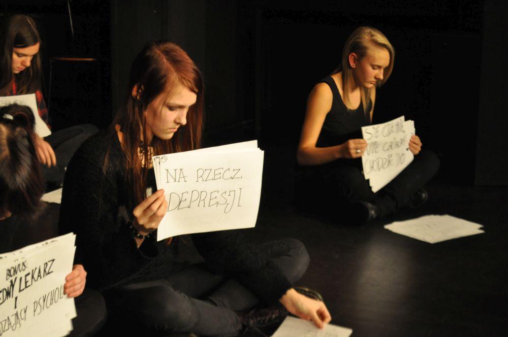 Gramy a nie cpamy, teatr nastolatki, Fundacja Zobacz JESTEM (7)